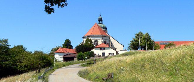 bogenberg-wallfahrtskirche-niederbayern
