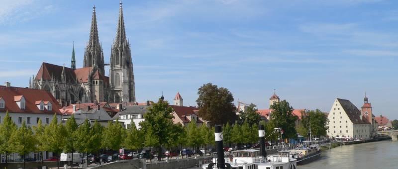 kirchen-oberpfalz-dom-regensburg-bayern